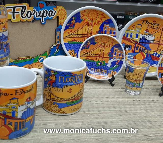 Onde comprar produtos com as artes by Mônica Fuchshuber?